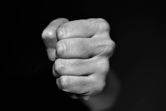 В Нижнекамске 35-летний мужчина избил рабочего