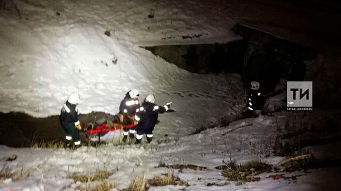 В Татарстане мужчина упал в овраг и не смог выбраться