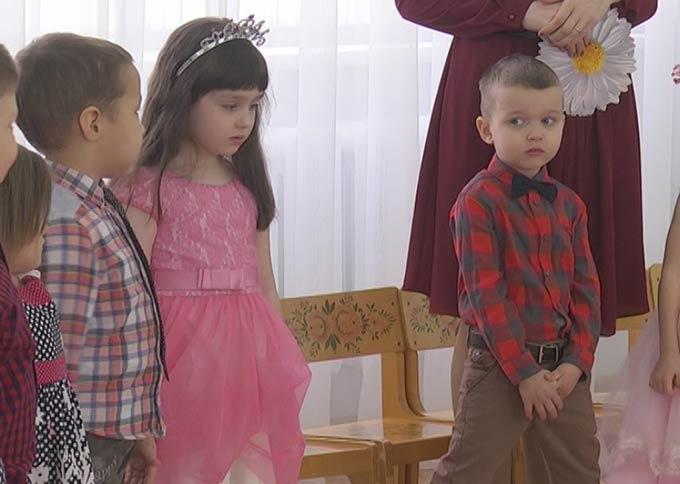 Нижнекамские воспитатели придумали, как показать детские утренники родителям детей