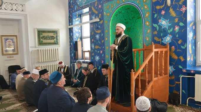 Муфтий Татарстана выступил перед мусульманами Башкортостана