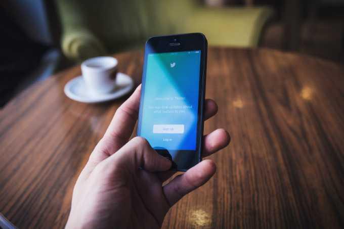 Чрезмерное использование смартфонов может привести к деменции