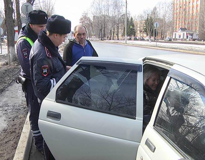 В Нижнекамске ловят таксистов-нелегалов
