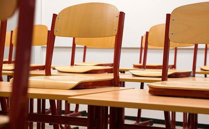 Минпросвещения рекомендовало перевести все школы на дистанционное обучение