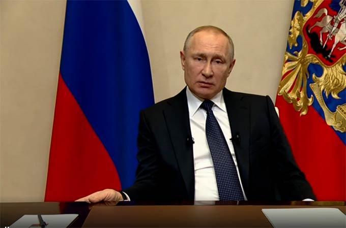 Владимир Путин обратился к россиянам в связи с пандемией коронавируса