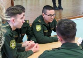 Школьники и кадеты Нижнекамска сыграли в «Свою игру» по теме ответственного потребления