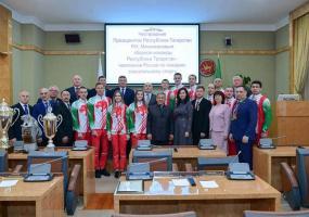 Рустама Минниханова попросили выдвинуться на пост президента РТ