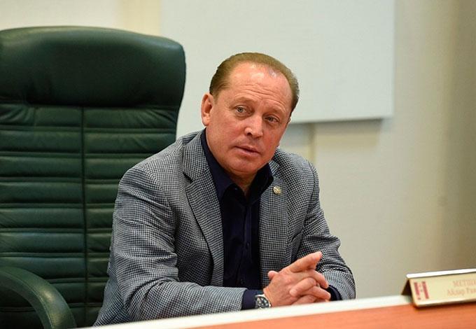 Мэр Нижнекамска провёл совещание с городским оперштабом по коронавирусу