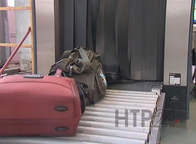 В нижнекамском аэропорту всех прибывающих пассажиров обязали заполнять уведомления