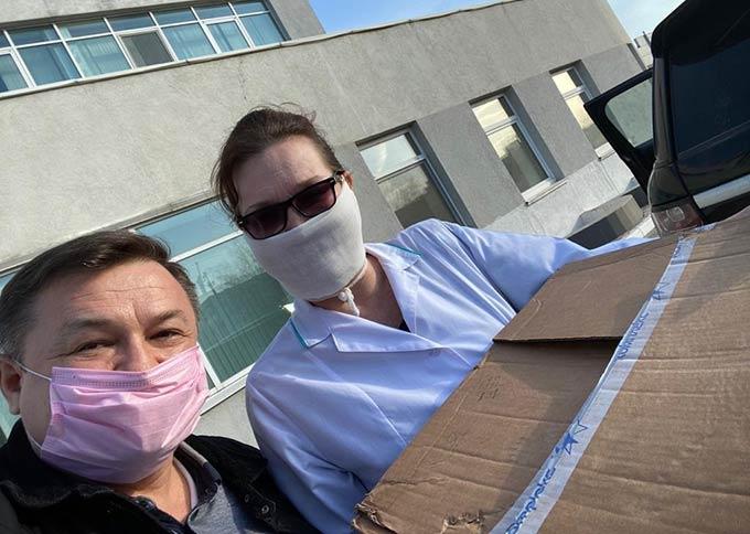 Клиника «Прозрение» передала челнинским медучреждениям маски и дезинфицирующие средства