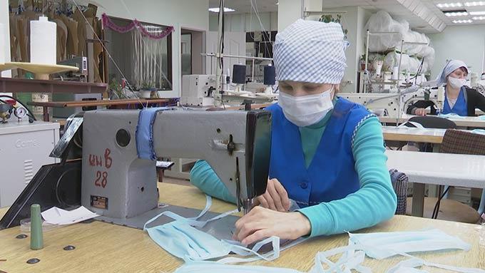 Нижнекамская швейная фабрика начала выпуск медицинских масок