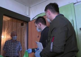 Волонтёры «Татнефти» доставляют провизию пенсионерам