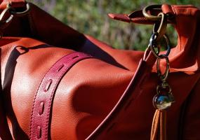 Челнинская пенсионерка выследила хулиганов, пытавшихся украсть у неё сумку