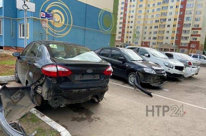 «Денег много, уверенная в себе» - в Нижнекамске пьяная бизнесвумен протаранила 4 автомобиля