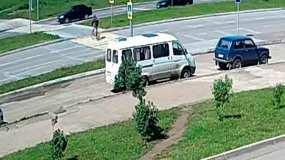 В Нижнекамске сбили подростка на велосипеде, ДТП попало на видео